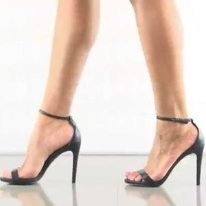 Steve Madden Stecy Black Heels NWT